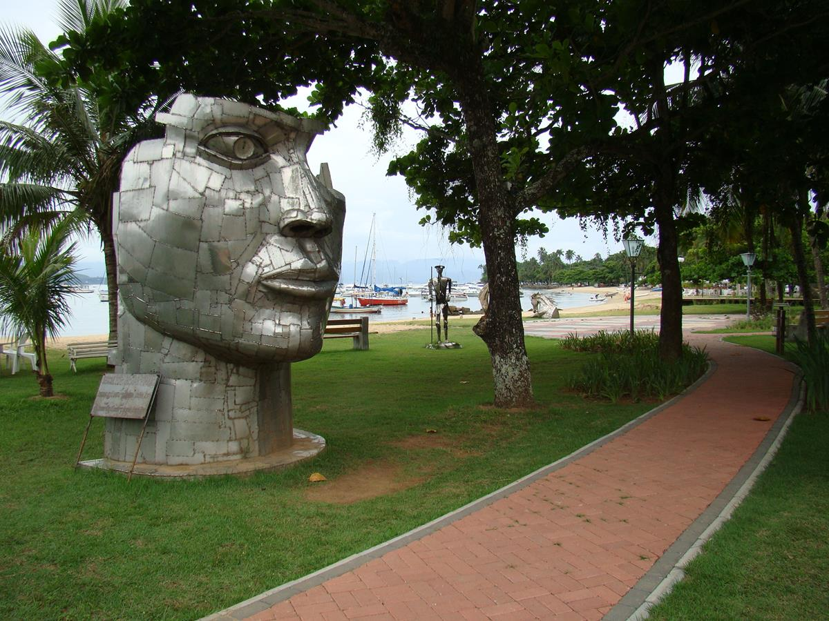 Ilhabela on Road – SP